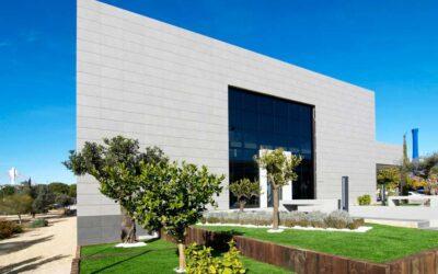 Consideraciones a tener en cuenta al proyectar una fachada cerámica